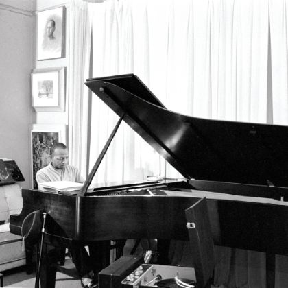 http://www.steinway.com/news/features/don-shirley-green-book